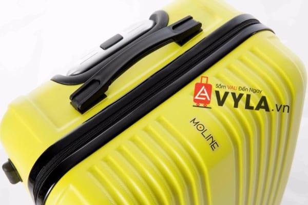 Vali kéo nhựa trơn màu vàng size 20 mẫu 5 giá