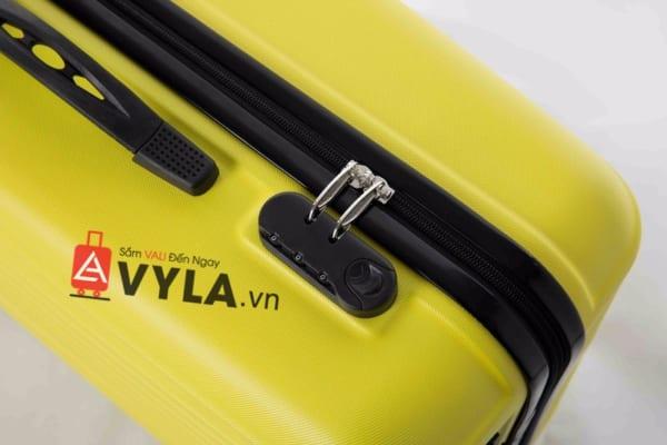 Vali kéo nhựa trơn màu vàng size 20 mẫu 5