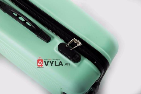 Vali kéo nhựa trơn màu xanh lá size 20 mẫu 5 đẹp