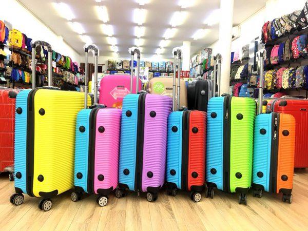 Địa chỉ bán vali 2 màu xanh cam