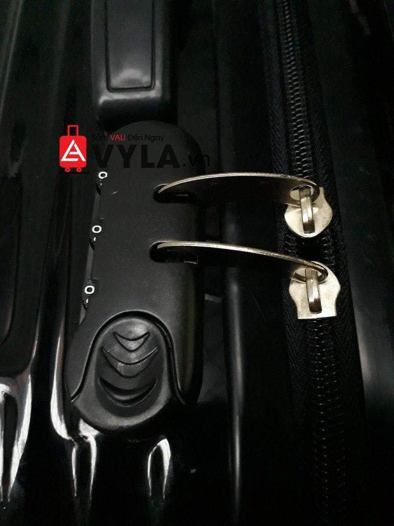 cách mở khóa vali american tourister