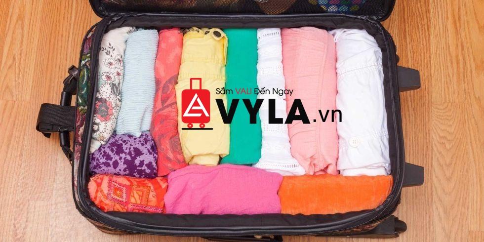 hướng dẫn cách xếp đồ vào vali