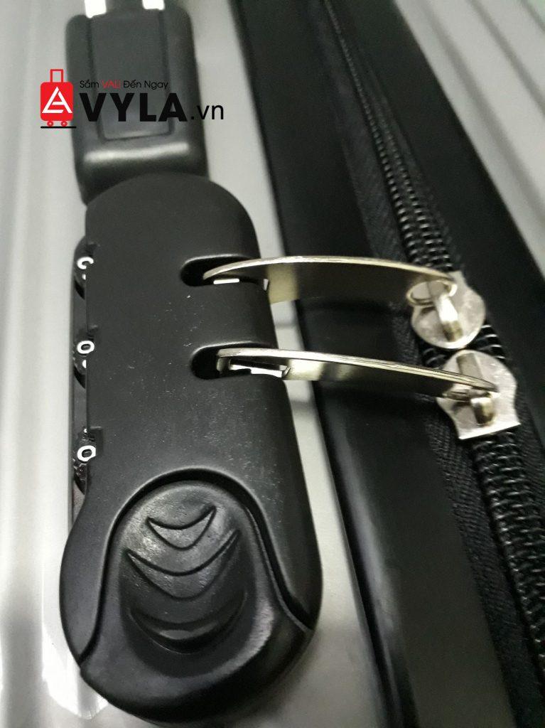 kinh nghiệm mua vali đi du học