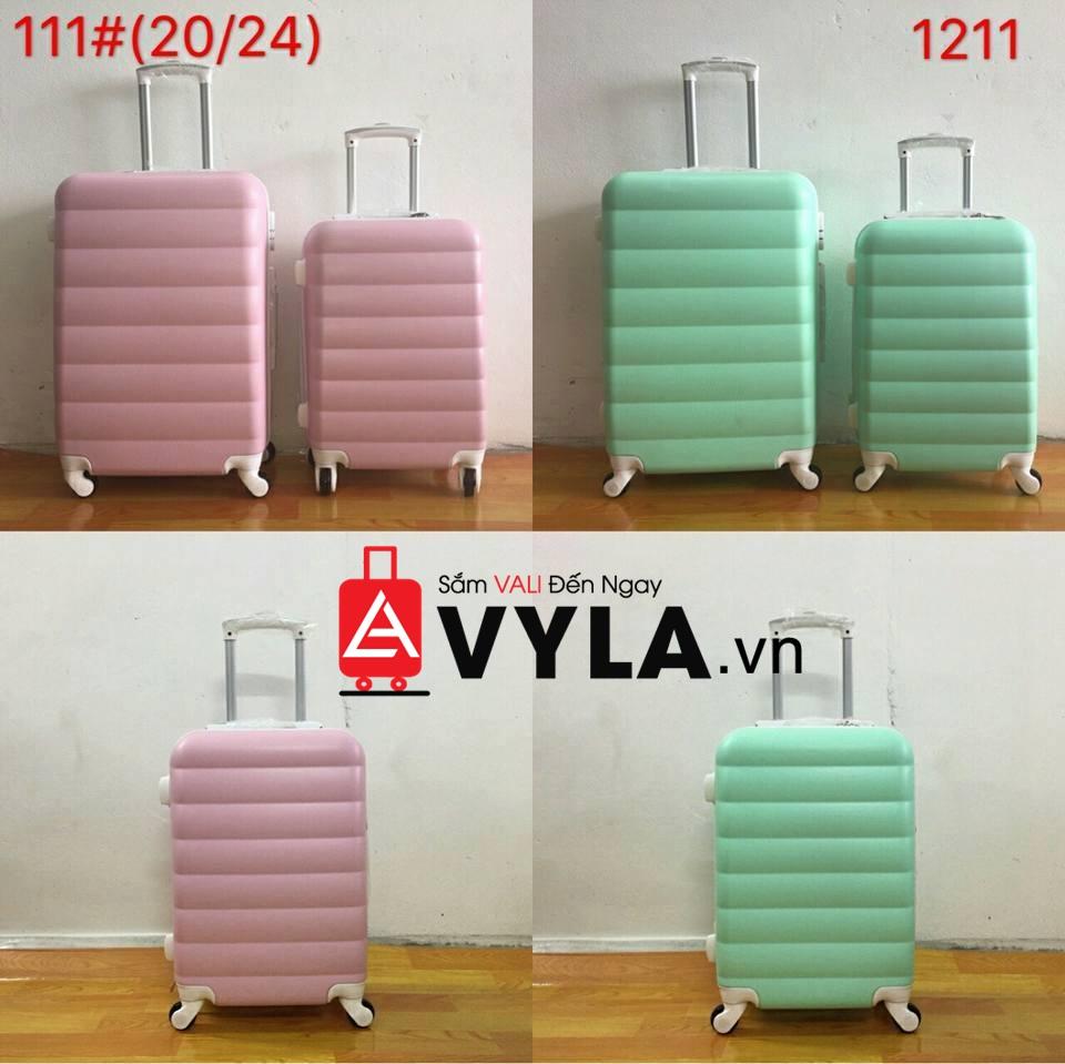 vali 28 inch đựng được bao nhiêu kg