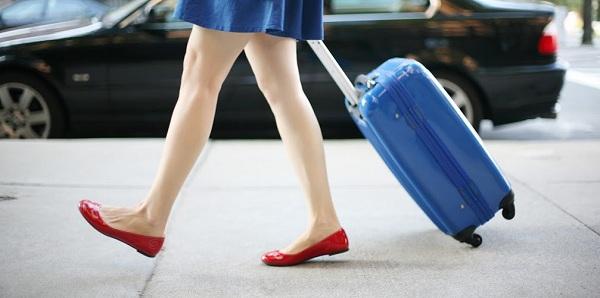 Hành lý xách tay không được mang những gì